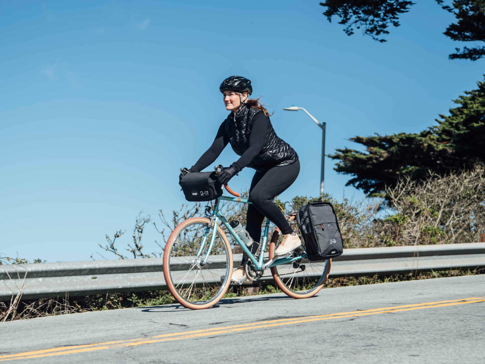 Two Wheel Gear - Female Commuter with Mini Messenger Handlebar Bag and Pannier Backpack Convertible
