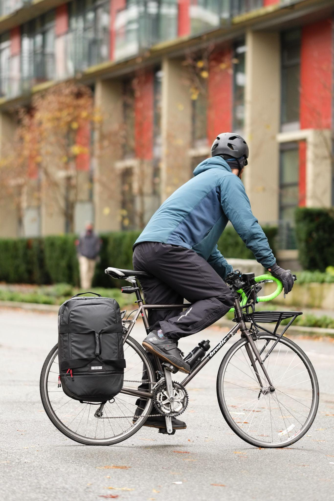 commuting by bike in the city